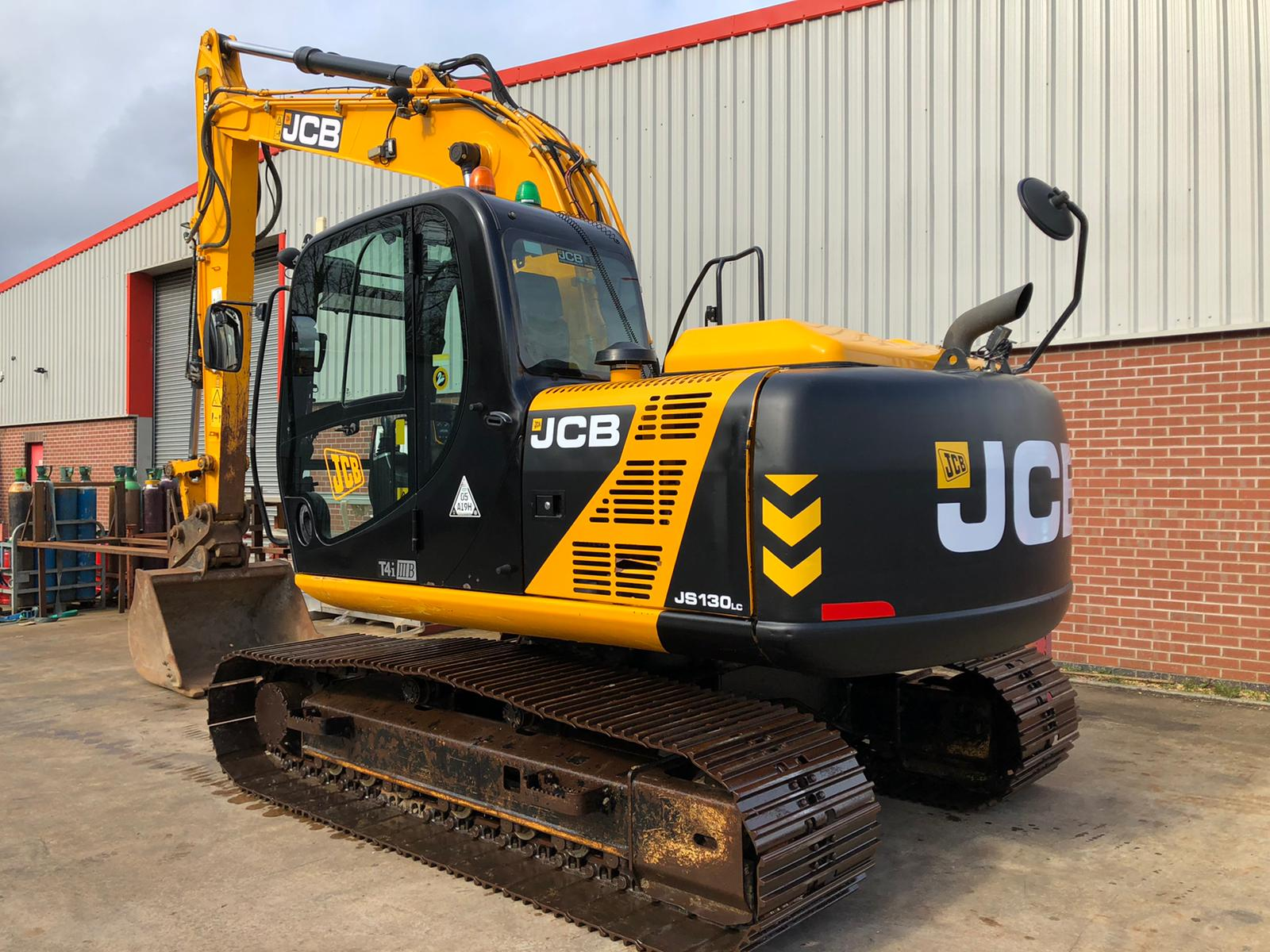 Why The Jcb Js130 Excavators